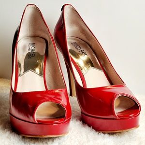 Michael Kors Red Size 9